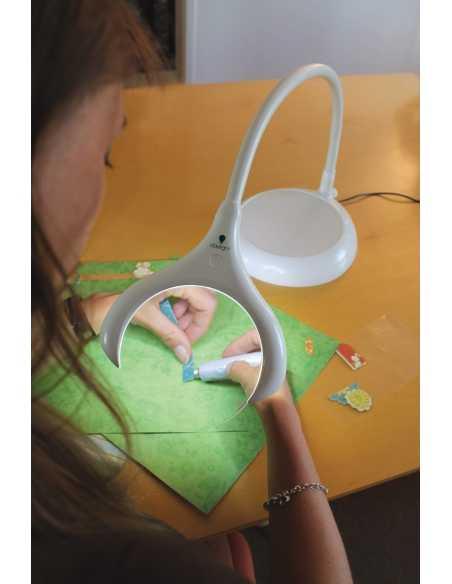 Lampe loupe LED MAGnificent sur pied