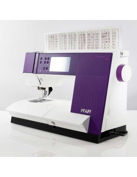 PFAFF Expression 710 d'exposition